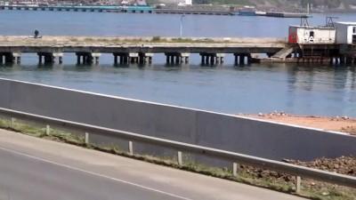 Sahil kenti Tekirdağ'ın denizle ilişkisi kesiliyor