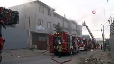 Esenyurt'ta iş yerindeki yangın büyümeden söndürüldü