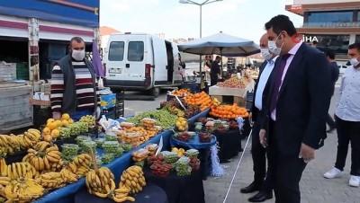 Kaymakam Yılmaz ile Başkan Türkyılmaz, pazaryerinde teftişte bulundu