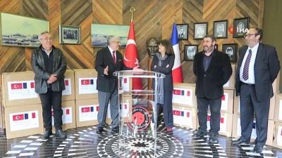 - Türkiye, Fransız senatörün Covid-19 yardım talebini geri çevirmedi - Fransa'ya 20 bin maske ve 500 koruyucu önlük yardımı  yapıldı