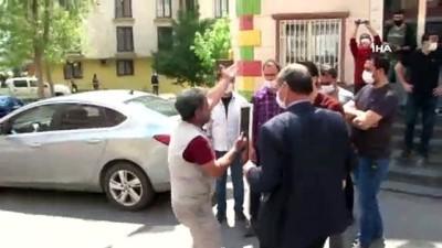 HDP'lilerin güldüğü evlat nöbetindeki aileler sinir krizi geçirdi