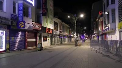 Ağrı'da caddeler ve sokaklar boş kaldı