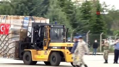 Ankara Etimesgut Askeri Havaalanından Çad Orta Afrika Cumhuriyeti'ne tıbbi yardım malzemesi gönderiliyor