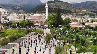 Manisa'da haftalar sonra ilk cuma namazı heyecanı