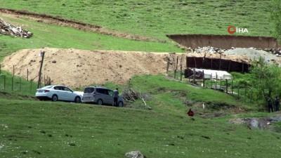 Erzurum'da 5 kişinin öldürüldüğü mahallede giriş-çıkışlar kapatıldı
