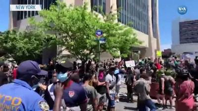 New York'ta Protestolar Sürüyor