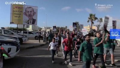Libya'nın Bingazi kentinde düzenlenen gösteride Türkiye protesto edildi