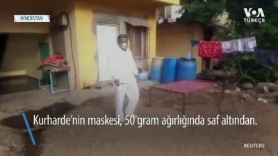 Virüsten Saf Altın Maskeyle Korunuyor