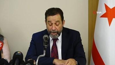 - KKTC'de Rauf Denktaş'ın oğlu Serdar Denktaş, Cumhurbaşkanlığına aday oldu