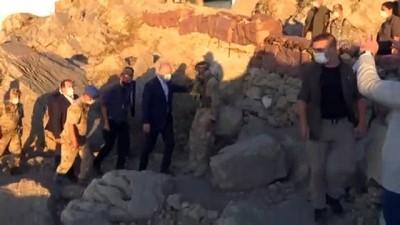 İçişleri Bakanı Süleyman Soylu Şırnak'ta askerlerle bayramlaştı