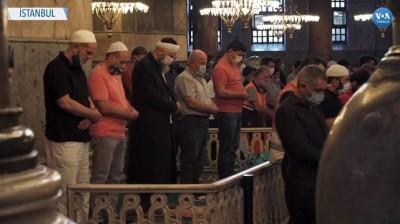 Ayasofya'daki Bayram Namazına Yoğun İlgi