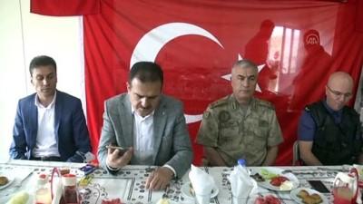 Bakan Soylu 'Şehit Bebek M. Bedirhan Üs Bölgesi'ndeki güvenlik güçlerinin bayramını telefonla kutladı - HAKKARİ
