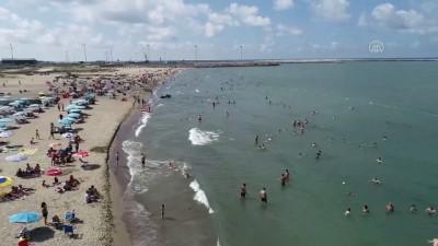 Karasu sahilleri bayramın ilk gününde vatandaşların akınına uğradı - SAKARYA