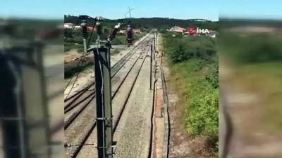 - Portekiz'de hızlı tren kazası: 1 ölü, 50 yaralı