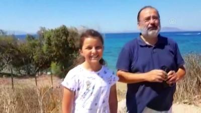 Emniyet müdürü Erciyes, dalış sırasında cep telefonu buldu - MUĞLA