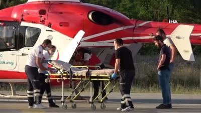 Ambulans helikopter böbrek hastası yaşlı kadın için havalandı