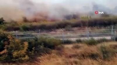 Sınırda yangın alarmı... Alevlerin Türkiye'ye sıçramasına 5 metre kaldı