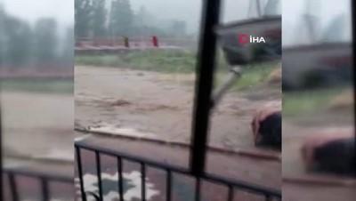 Isparta'da sağanak yağış Yakaören köyünde sele neden oldu