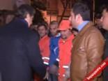 Fatih Belediye Başkanı Mustafa Demir İşçilere Simit Dağıttı