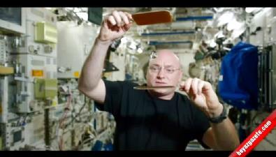 Uzayda su damlasıyla pinpon oynadı