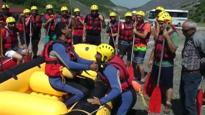 Sansa Deresi'nde heyecan dolu rafting etkinliği (1) - ERZİNCAN
