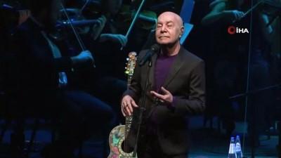 Mazhar Alanson'dan Cemal Reşit Rey Senfoni Orkestrası ile muhteşem konser
