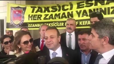 Taksicilerden, Prag Büyükelçisi olarak atanan Egemen Bağış'a uğurlama - İSTANBUL