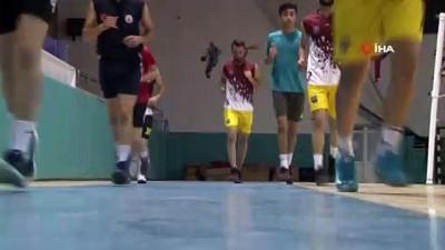 Mahalleli gençlerden kurulan takım, profesyonel lige yükseldi