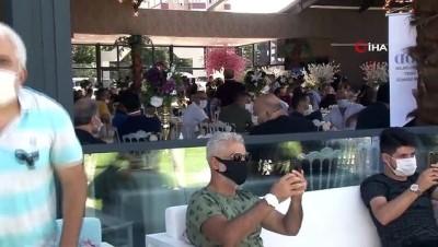 Düğün salonu işletmecilerinden düğün yasaklarına protesto