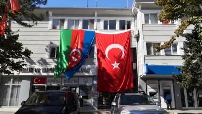 Sungurlu, Türk ve Azerbaycan bayrakları ile donatıldı