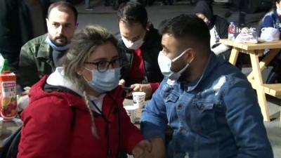 Depremzede vatandaşlar hastaneye akın etti