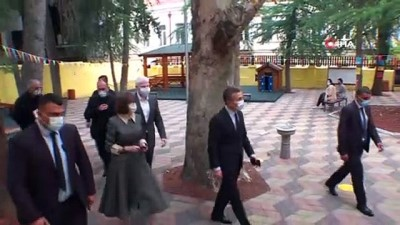 - Gürcistan Cumhurbaşkanı Zurabişvili ve Başbakan Gakharia oyunu kullandı