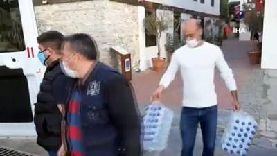 Kuşadası Belediyesi'nden İzmir'e gıda yardımı