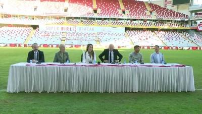 ANTALYA - Antalyasporlu Podolski'nin yer aldığı Patara tanıtım videosunun lansmanı yapıldı