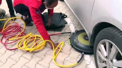 MERSİN - Art arda 4 aracın motor bölümüne giren kedi yavrusu kurtarıldı