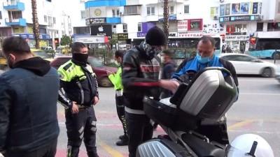 Sivil trafik polisinin durdurduğu motosikletli 3.52 promil alkollü çıktı... Gazetecilere tepki gösterdi