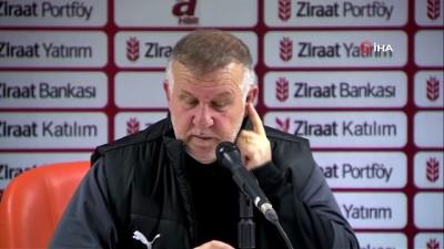 Mesut Bakkal: 'Bizim için önemli olan ligde mücadele etmek'