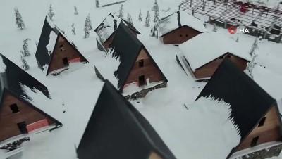Karla kaplı Ahır Dağı'ndan kartpostallık görüntüler