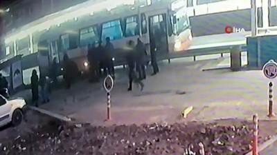 1 kişinin öldüğü 4 kişinin yaralandığı kazanın görüntüleri ortaya çıktı