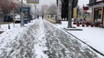 Kent merkezi beyaza büründü