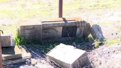 Dağlık Karabağ'da Ermeni güçlerin vahşetinin tanığı yıkılan mezarlıklar