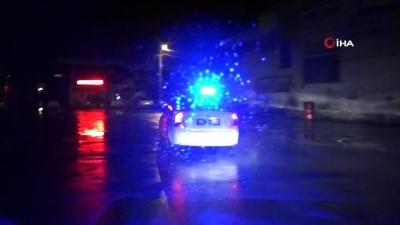 - Ehliyetsiz sürücü, muayenesiz araçla, tüfek ve uyuşturucu maddelerle yakalandı