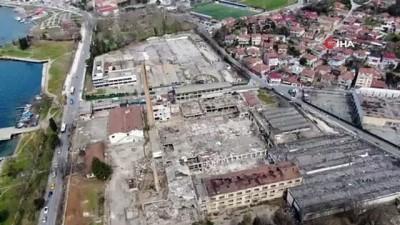 Beykoz'un sembolik değerlerinden Paşabahçe cam fabrikasının son hali böyle görüntülendi
