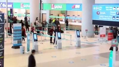 İstanbul'daki havalimanlarında 4 bin 875 yolcunun PCR testi pozitif çıktı