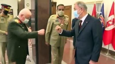 Milli Savunma Bakanı Hulusi Akar, Pakistan Genelkurmay Başkanı Nadeem Raza'yı kabul etti