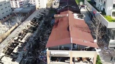 Patlamanın yaşandığı fabrikada hasar gün ağarınca ortaya çıktı