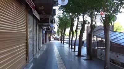 Diyarbakır'da kısıtlama nedeniyle cadde ve sokaklar boşaldı