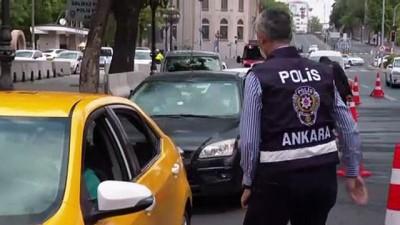ANKARA - Başkentte sokağa çıkma kısıtlaması denetimleri sürüyor