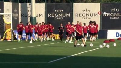 A Milli Futbol Takımı hazırlıkları sürdürdü