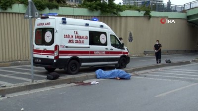 Avcılar'da motosiklet kaza: İki genç hayatını kaybetti